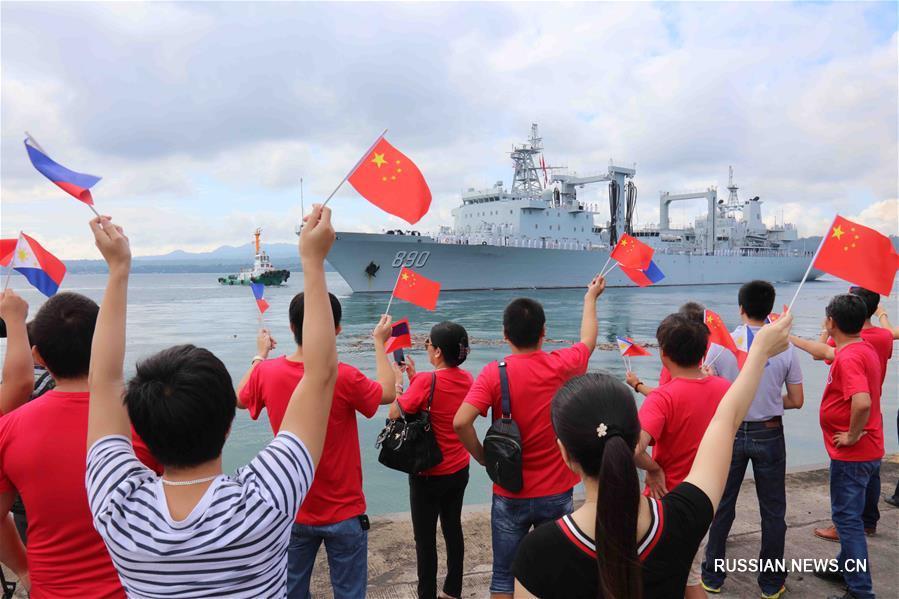 (国际)中国海军远航访问编队结束访问离开菲律宾
