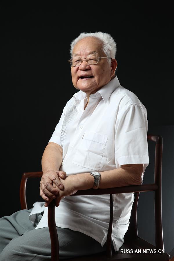 (社会)(1)首届国家最高科技奖得主吴文俊逝世