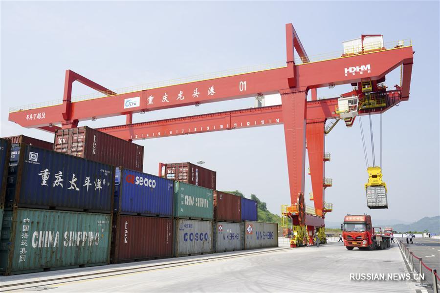 Порт Лунтоу в верховьях Янцзы