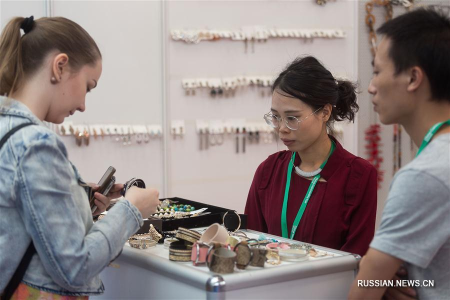 Национальная выставка потребительских товаров из Китая China Commodity Fair-2017 в Москве