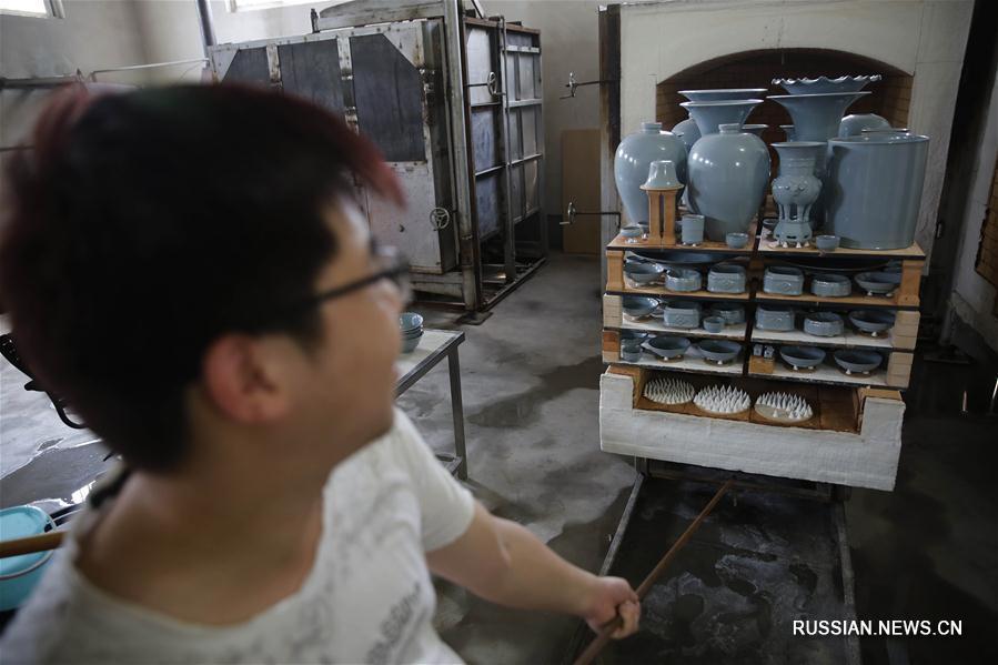 """Керамика """"жуяо"""" из провинции Хэнань открывает новые рынки"""