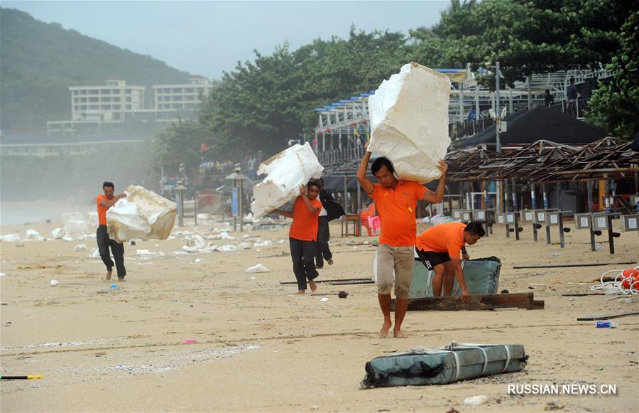 """Тайфун """"Талас"""" пролетел мимо острова Хайнань"""