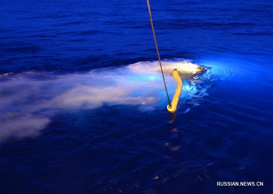 """Китайский глубоководный аппарат """"Фасянь"""" исследует тайны холодных источников Южно-Китайского моря"""