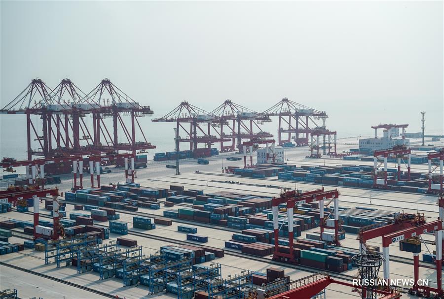 Крупнейший в мире автоматический контейнерный терминал будет пущен в эксплуатацию в конце года
