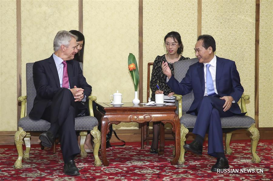 Гендиректор ИА Синьхуа Цай Минчжао встретился с главой ИА Ассошиэйтед Пресс Г.Прюиттом
