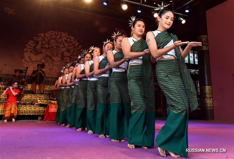Старинные народные танцы сохраняют в провинции Юньнань
