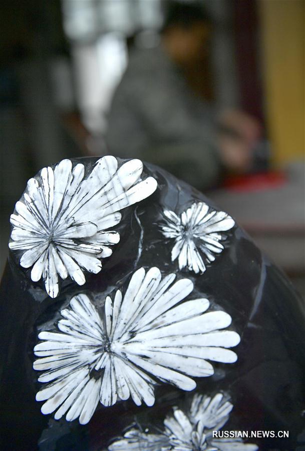 Каменные хризантемы из провинции Хубэй