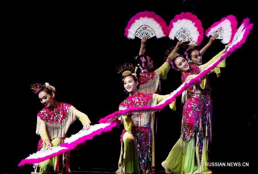 """В китайском городе Сиань проходит 4-й Международный фестиваль искусства """"Шелковый  путь"""""""