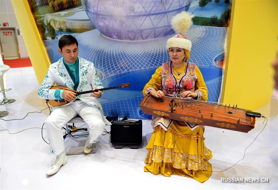 Краски мира на ярмарке Китай-АСЕАН