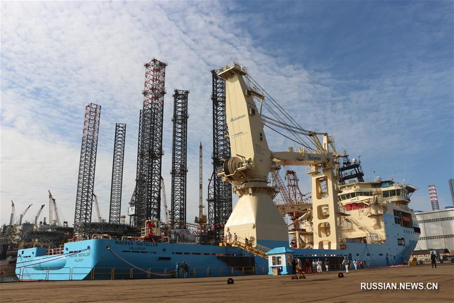 Первое построенное в Китае на экспорт сверхглубинное судно подводного обеспечения передано заказчику