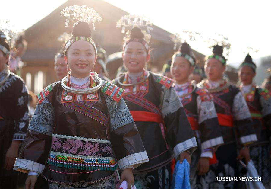 В деревне Паймо отметили традиционный мяоский праздник Чисинь