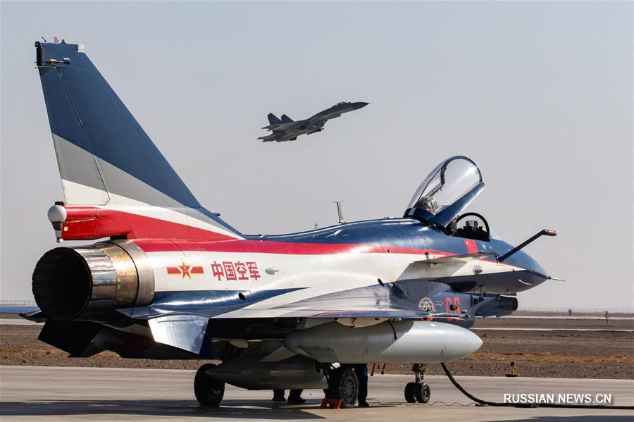 """Пилотажная группа ВВС НОАК """"Баи"""" отправилась в ОАЭ и Пакистан с демонстрационными  полетами"""