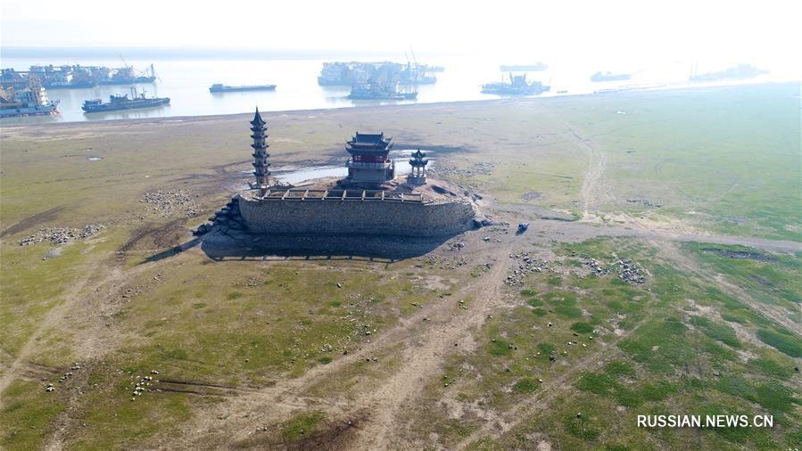 Своеобразная красота озера Поянху в межпаводковом периоде