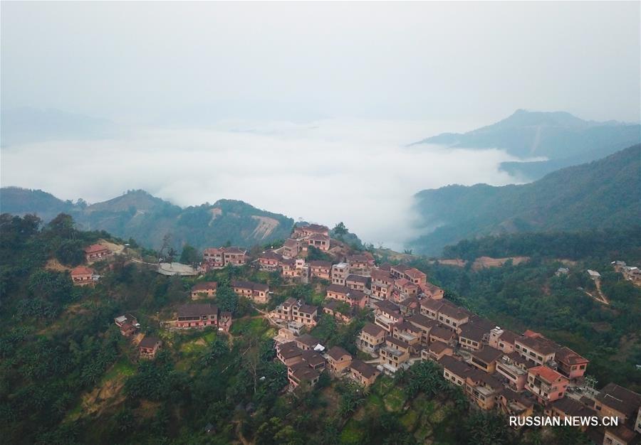 Традиционная яоская деревня в горах уезда Ванмо