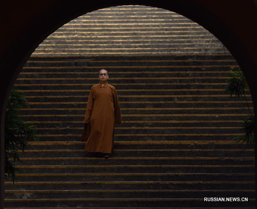 Буддийский монастырь Фогуаншань на Тайване