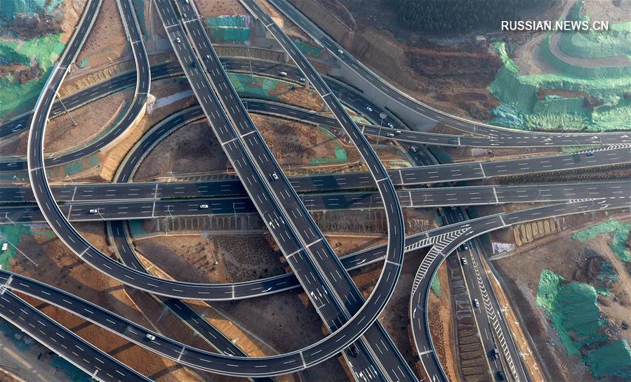 Крупнейшая в городе Цзинань транспортная развязка сдана в эксплуатацию