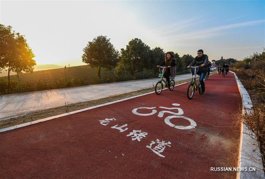 По всему Китаю идет активное строительство и реконструкция сельских дорог