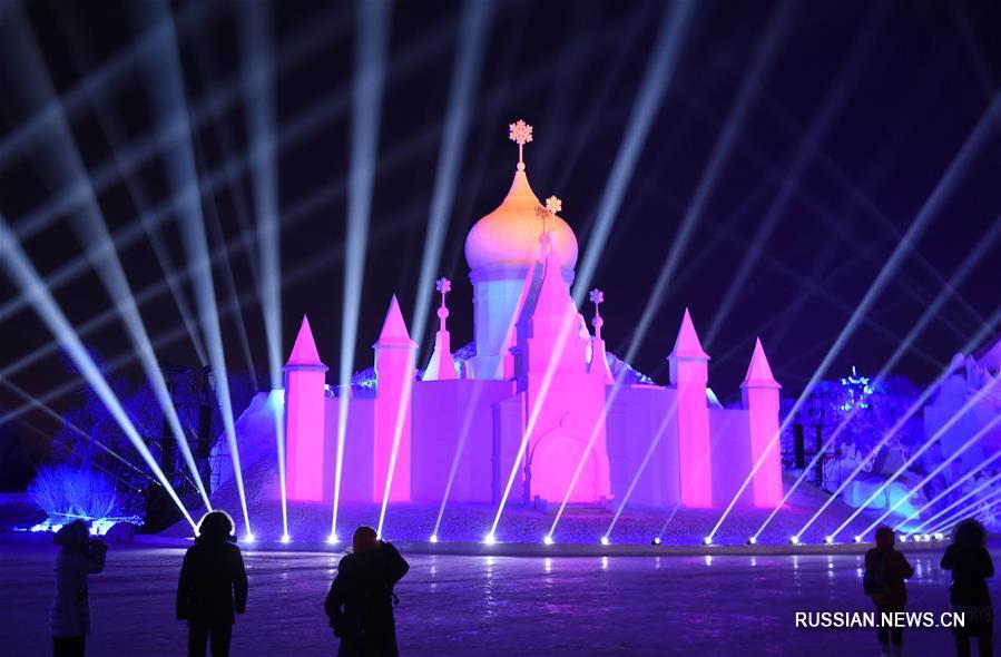Снежно-световое 3D-шоу в Харбине