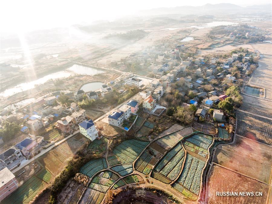 Зима в деревне Паомасян провинции Цзянси