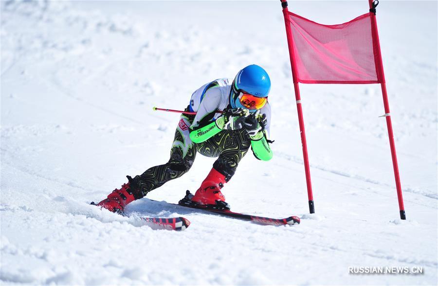 Горнолыжный спорт -- В Люпаньшуе стартовали Всекитайские пригласительные юношеские соревнования по горнолыжному спорту 2018 года