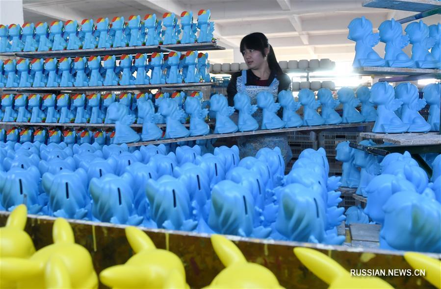 Уезд Дэхуа -- китайская база по производству керамики
