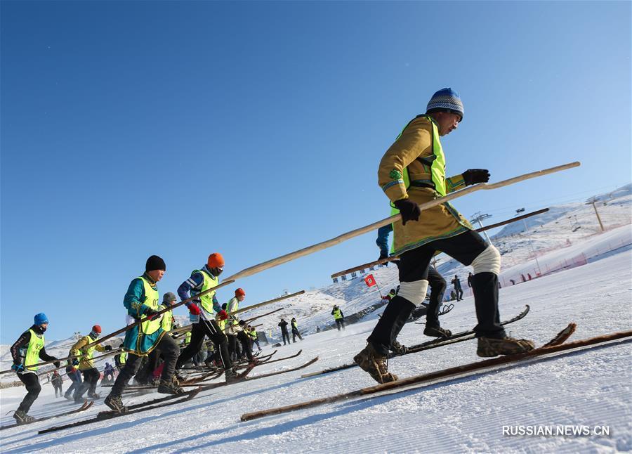 Новая жизнь древних лыж из шкур в округе Алтай
