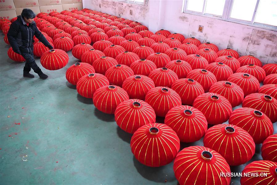 Производство китайских фонарей в Хэфэе
