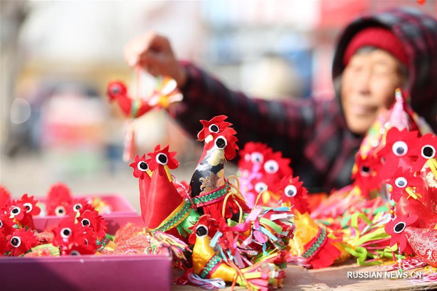 """""""Весенние петушки"""" принесут удачу в новом году по китайскому календарю"""
