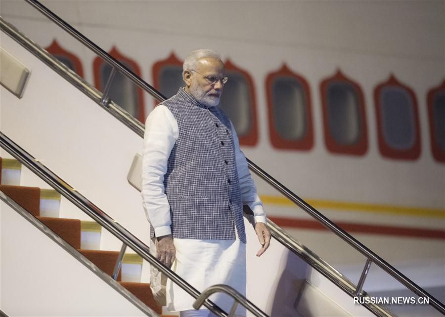 Премьер-министр Индии Нарендра Моди прибыл в Ухань