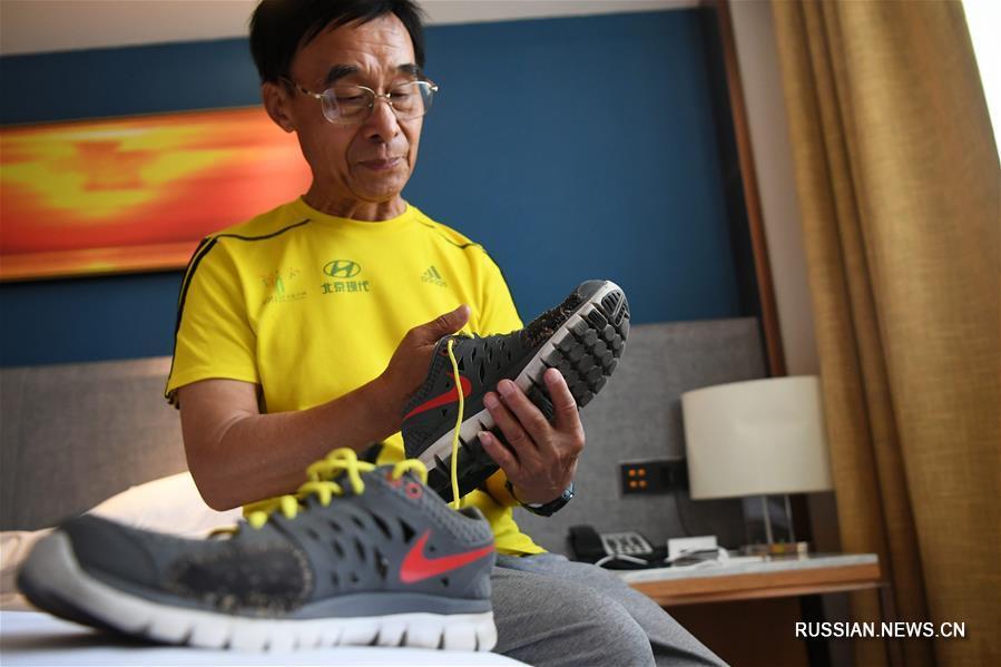 71-летний бегун из провинции Шаньдун финишировал на своем 100-м марафоне