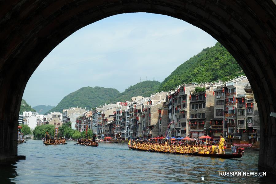 Многообразие народных обычаев праздника Дуаньу
