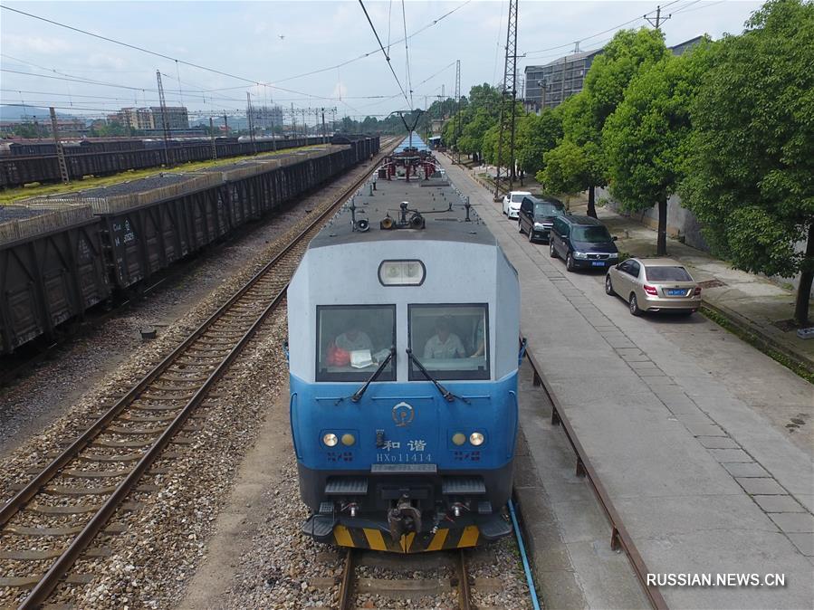 По новому маршруту Хуайхуа -- Минск отправился первый грузовой поезд