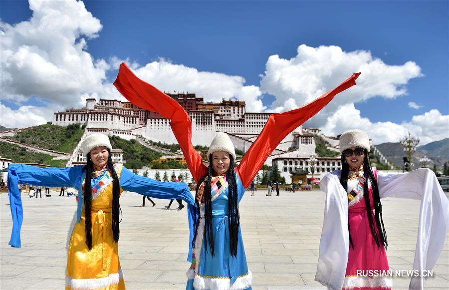 На Тибете наступает пик туристического сезона