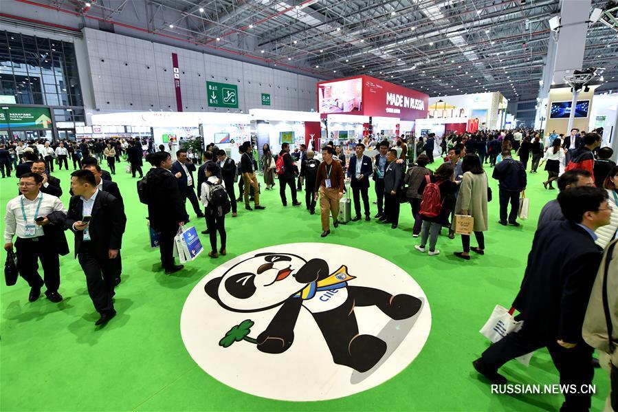 Корпоративные экспозиции на первом Китайском международном импортном ЭКСПО