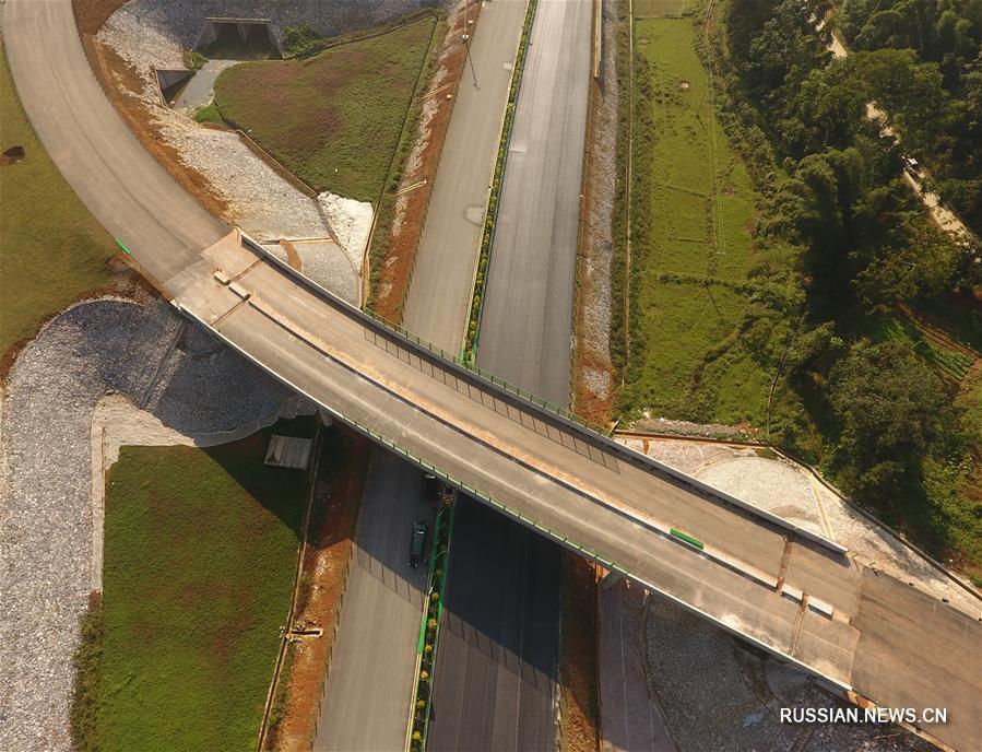 На конец года намечен ввод в эксплуатацию нового скоростного шоссе у китайско-вьетнамской границы