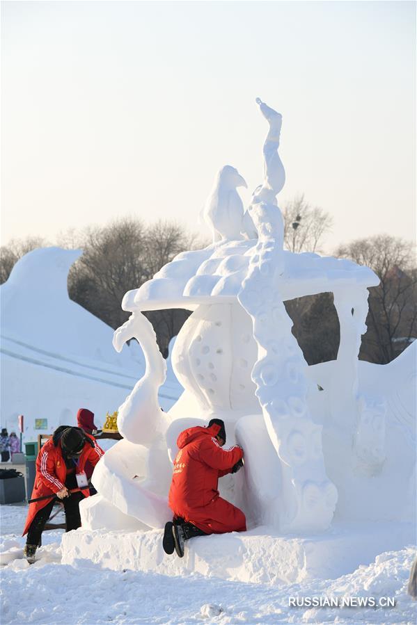 Третий день 6-го Всекитайского студенческого конкурса снежных скульптур
