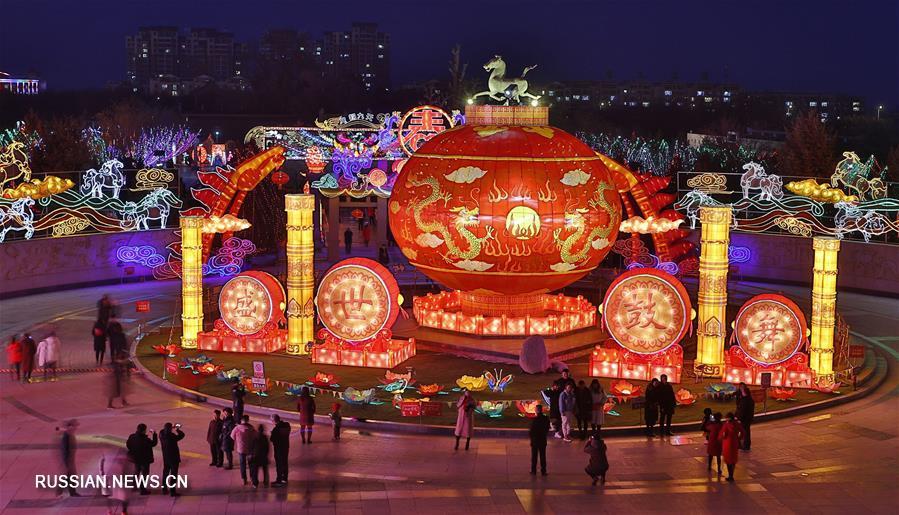 Новогодние выставки фонарей дарят радостное настроение