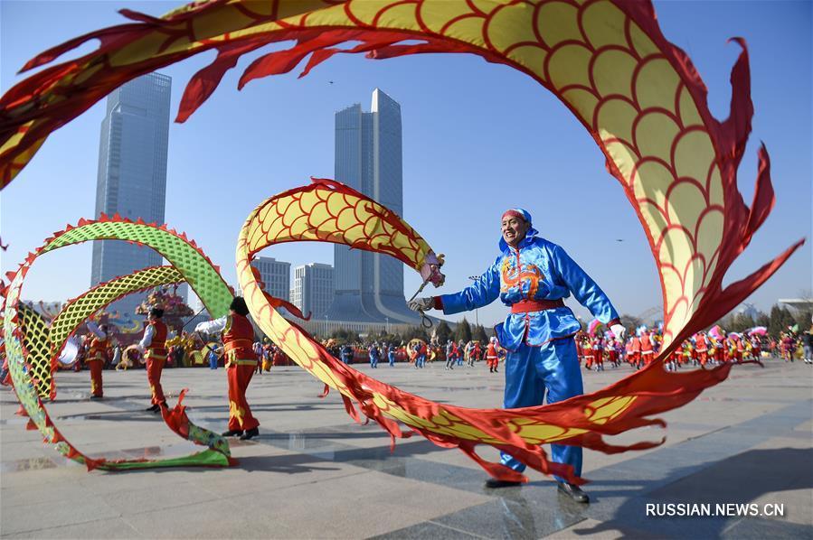 Праздник Фонарей отмечают по всему Китаю