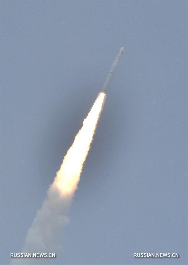 В Китае успешно завершился первый запуск ракеты-носителя на твердом топливе с моря