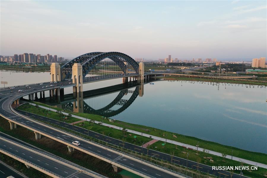 """""""Гордая осанка"""" новых мостов через реку Фэньхэ в провинции Шаньси"""