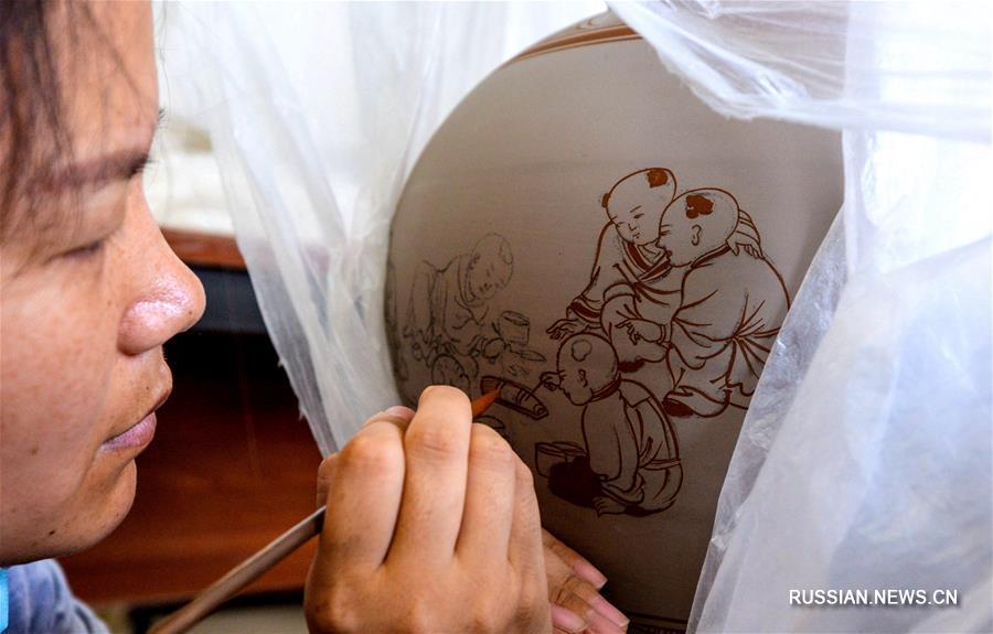 Тысячелетний блеск древнего искусства обжига цычжоуской керамики в провинции Хэбэй