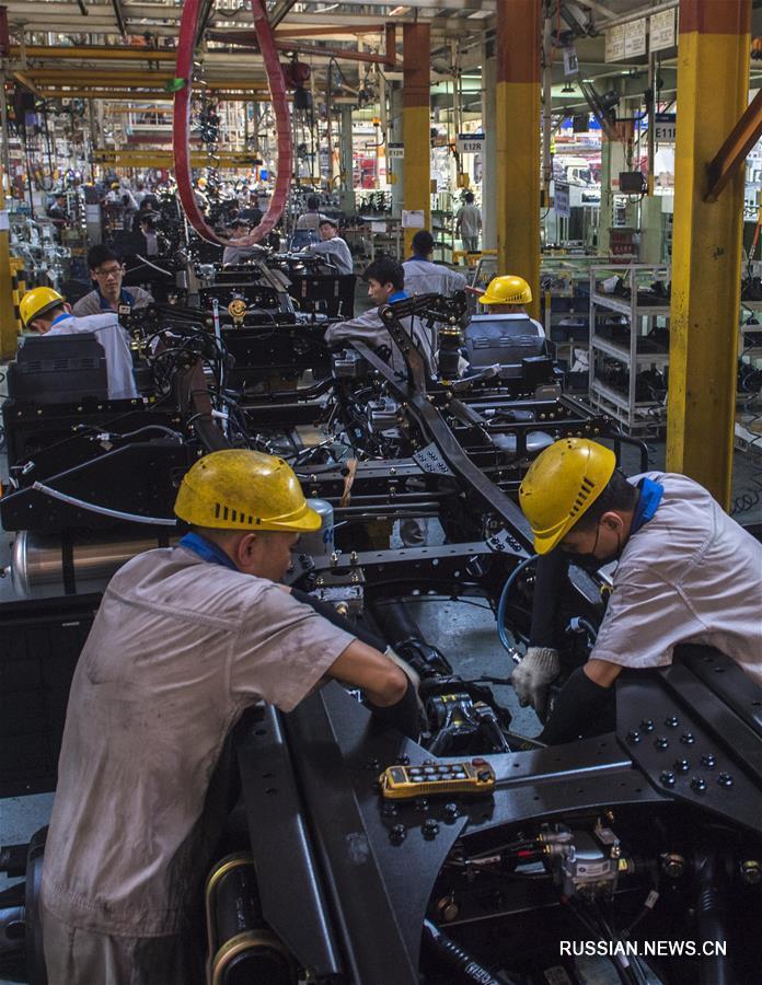 В первой половине 2019 года в Китае было произведено 12,132 млн, продано 12,323 млн автомобилей