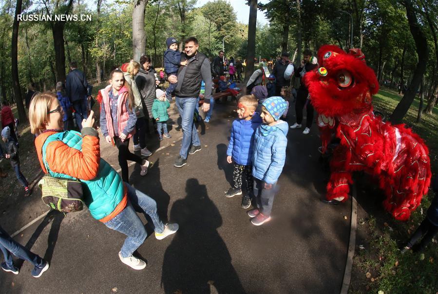 """""""Необыкновенное путешествие в Китай"""" в одном из киевских парков"""