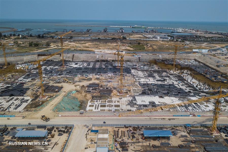 В городе Хайкоу ускоряется работа по строительству международного комплекса магазинов дьюти-фри