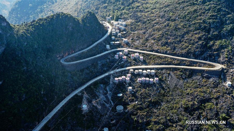 Новые сельские дороги в одном из беднейших регионов Китая