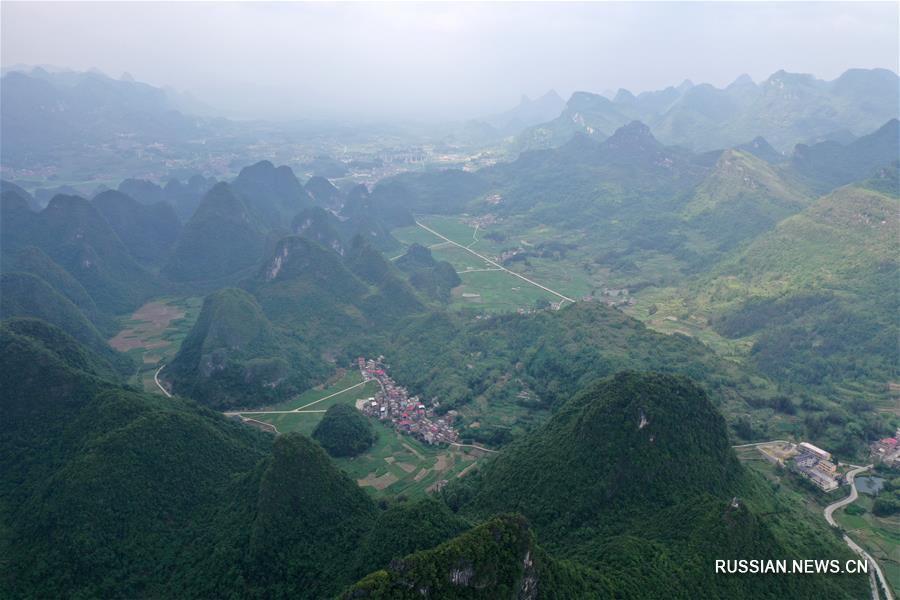 Китайская народность маонань вышла из-за черты бедности