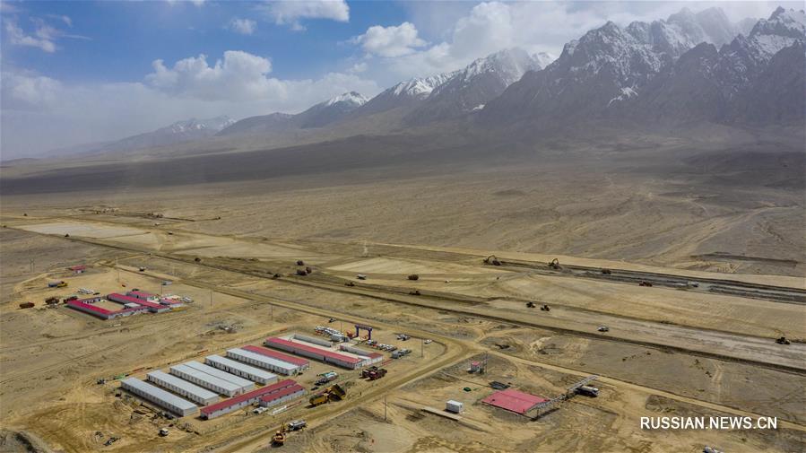 Продолжается строительство самого высокогорного аэропорта в Синьцзяне