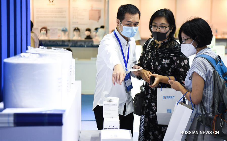 На юге Китая открылась Гуанчжоуская международная ярмарка противоэпидемических материалов