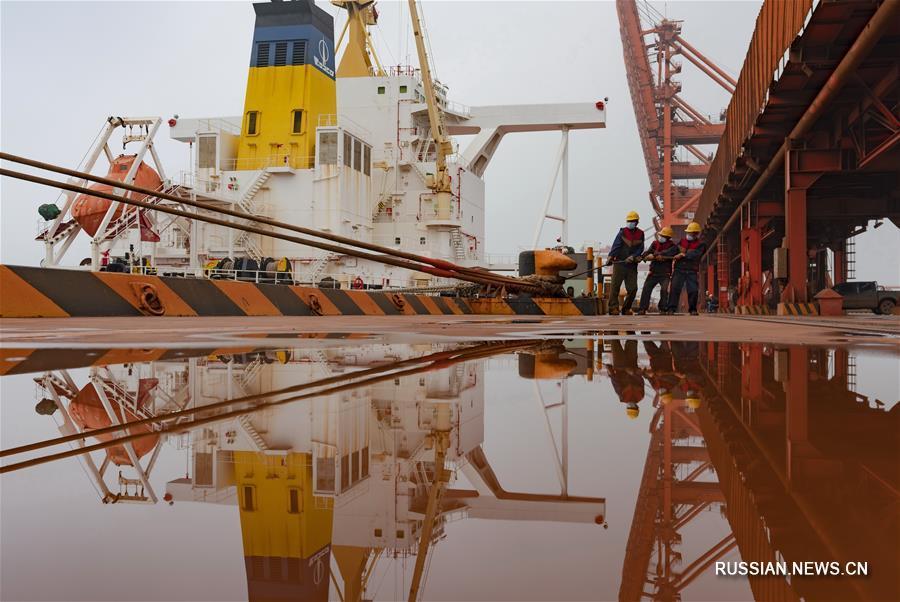 За первое полугодие внешнеторговый грузооборот порта Цаофэйдянь превысил 90 млн тонн