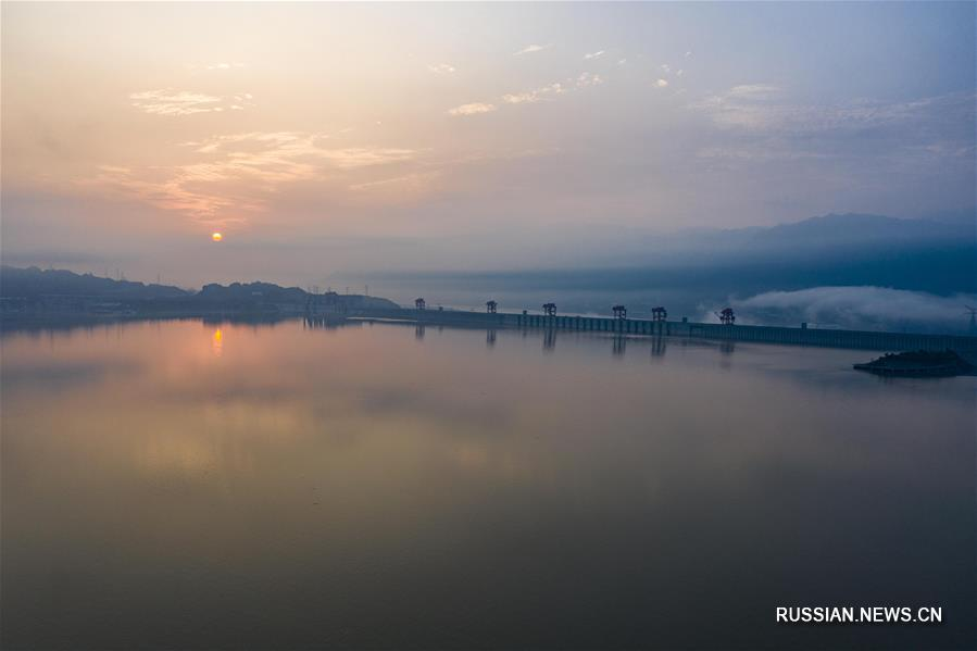 Гидротехнические сооружения в верховьях Янцзы сдержали более 30 млрд кубометров воды